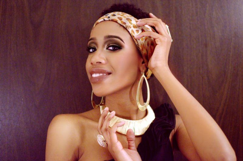 Jalita-for Americas-Next-Natural-Model-Iman-Cosmetics1