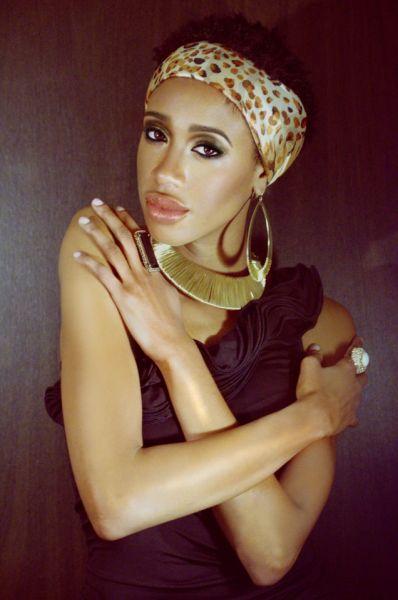 Jalita-for Americas-Next-Natural-Model-Iman-Cosmetics3