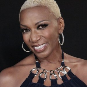 Sisaundra Lewis on the Voice