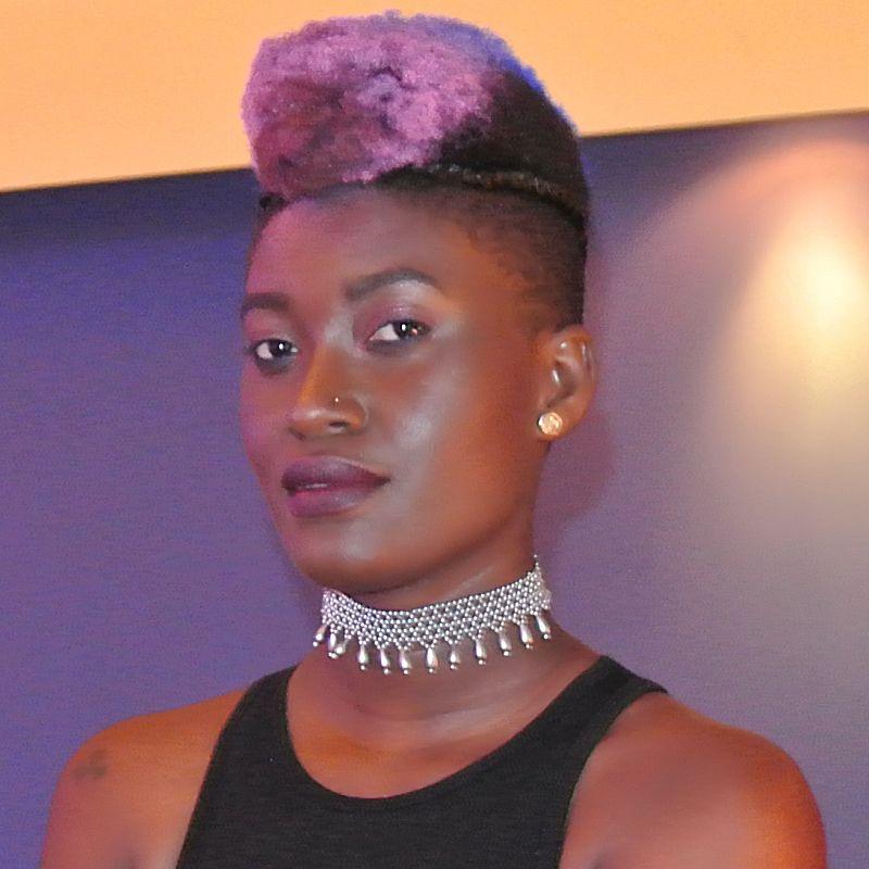 going natural hair care slecht haar ontworteld haarmodel3