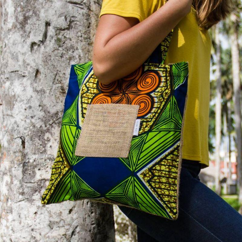 Talking prints bag